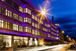 fullsize_ellington-hotel_aussen_betreiber