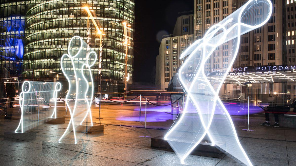 Eine Lichtskulptur zum Festival of Lights auf dem Potsdamer Platz | Foto: dpa, Paul Zinken